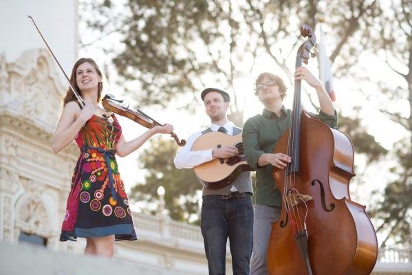 Mari Black Trio